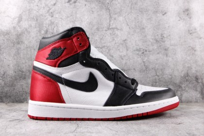 Jordan 1 Retro High Satin Black Toe (W) CD0461-016