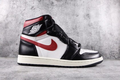 Jordan 1 Retro High Black Gym Red 555088-061